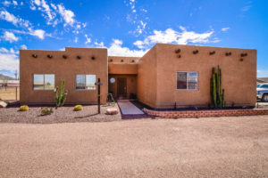 West Phoenix Area Horse Properties